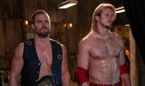 """Stephen Amell Says He's Been """"Poking And Prodding"""" Cody Rhodes About In-Ring Return"""