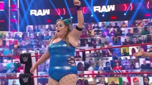 Several WWE Superstars Call Out Fans For Body Shaming Piper Niven