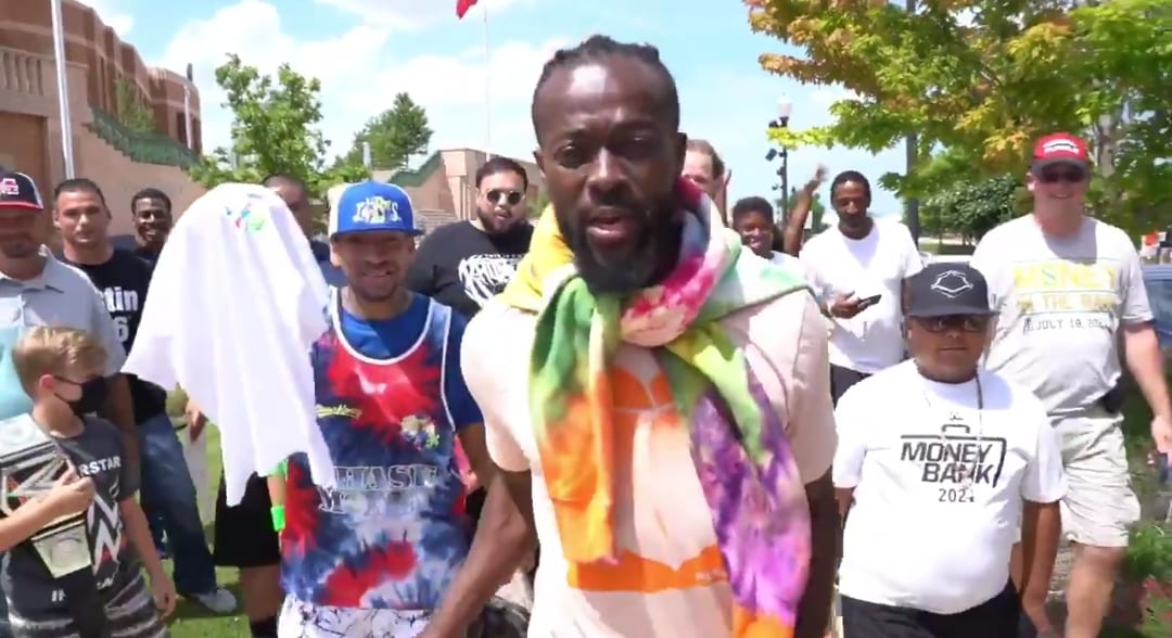 Kofi Kingston Walks With Fans At WWE Money In The Bank, MITB Kickoff Pre-show Video