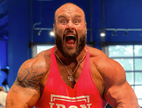 Photos: Braun Strowman Attends Bare Knuckle Boxing Event