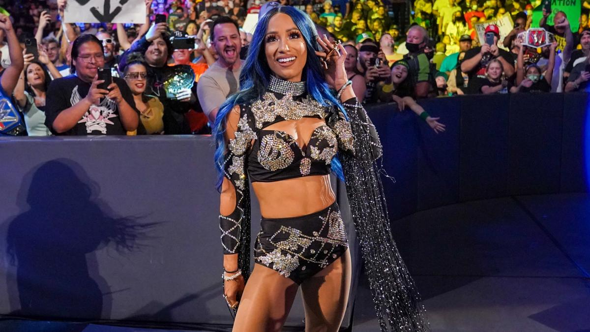 Vince McMahon And Nick Khan Notes From WWE SmackDown At MSG, Sasha Banks Update