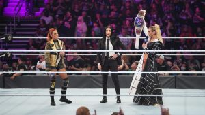 Another WWE Superstar Reportedly Upset With Charlotte Flair At SmackDown